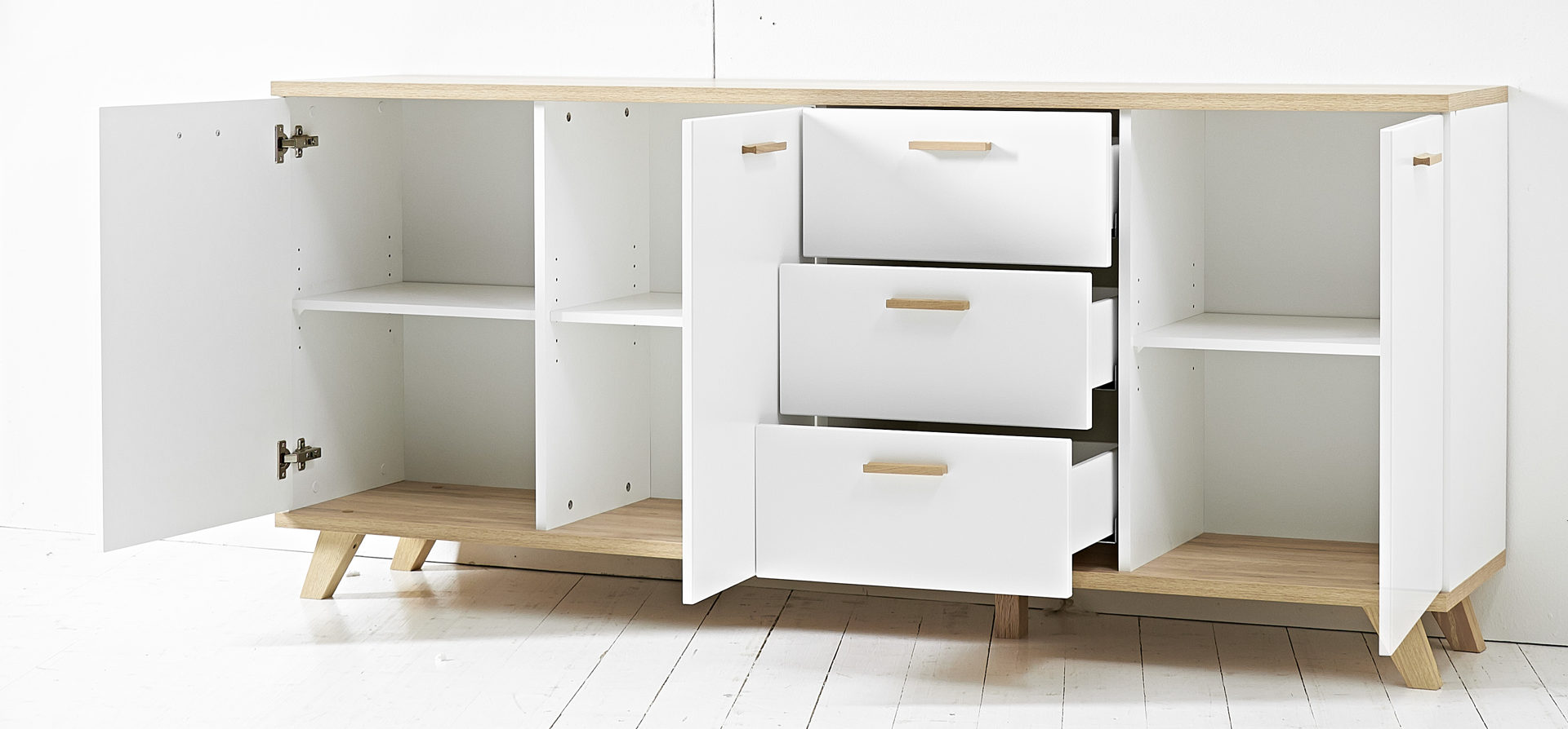 Möbel mit Zukunft GmbH, Räume, Schlafzimmer, Kommoden + ...